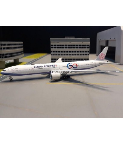 AVIATION 1:400 China 777-300ER B-18006 60th AV4054