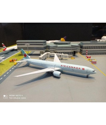 P4385 1:400 Air Canada 777-300ER C-FNNW [Width 16 Length 18 Height 4.5 cms.]