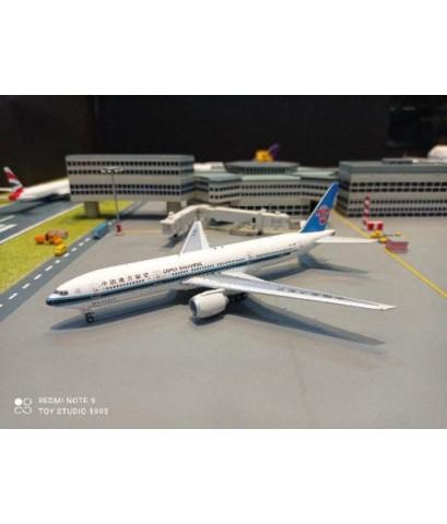 PH1680 1:400 China Southern 777-300ER B-2058 [Width 16 Length 18 Height 4.5 cms.]