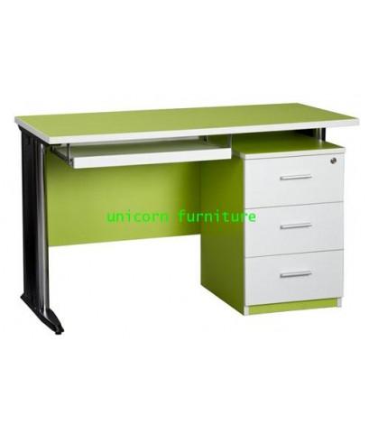 โต๊ะคอมพิวเตอร์  รุ่น PFF5 (ราคาไม่รวมตู้ลิ้นชัก)