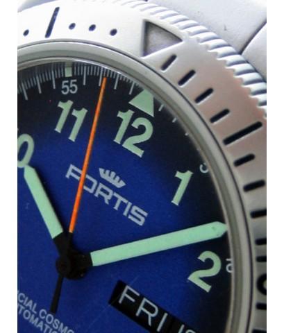 FORTIS cosmonalt day-date ขนาด man size 39mm หน้าปัดดำ-น้ำเงินพิมพ์พรายน้ำอารบิค กระจกแซฟไฟล์ตัดแสง