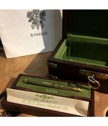 PARKER 75 R.M.S. QUEEN ELIZABETH Limited Edition 3977 / 5000 Fountain Pen ปากเขียนทองชมพู 14k 585 วั