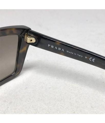 แว่นกันแดด PRADA For Man, Lady เลนส์เทาชา ขนาดเฟรม 59/16 ขายาว 140 กรอบและขาอครีลิคลายกระ ขาตรงโค้งป