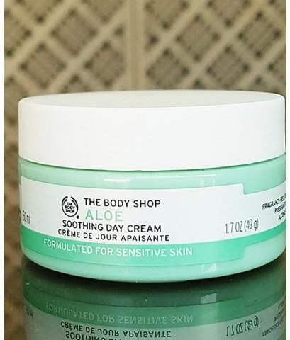 (ลดพิเศษ)The Body Shop Aloe Soothing Day Cream 50 ml.เดย์ครีมอโลเวร่า ฟื้นฟูผิวหน้า ไม่ก่อให้เกิดสิว