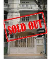 ขาย บ้าน ทาวน์โฮม 3 ชั้น ลาซาล ซอย 1 ใกล้ BTS สถานี แบริ่ง ถ.สุขุมวิท บางนา กรุงเทพ 2.8 ล้าน