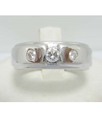 แหวน เพชรเดี่ยว 0.16 กะรัต ฝังเพชร 2  เม็ด 0.10 กะรัต ทองคำขาว18K เพชรขาว สวยมาก นน. 9.87 g