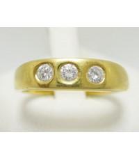 แหวน เพชรแถว 3 เม็ด 0.15 กะรัตทอง18K งานเก่า หลุดจำนำ นน. 5.60 g