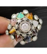 แหวน นพเก้า ทรงฉัตร ฝังเพชร 0.20 กะรัต ล้อมเพชร 18 เม็ด 0.66 กะรัต ทอง14K งานสวยมาก นน. 10.22 g