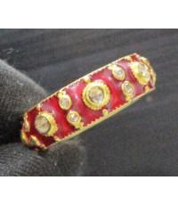 แหวน พิรอด เพชรซีกลูกโลก ลงยาสีแดง รอบวง ทอง90 แบบงานโบราณ สวยมาก นน. 5.68 g