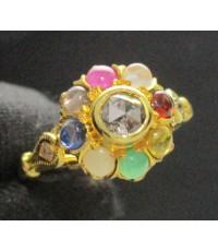 แหวน เพชรซีกลูกโลก ล้อมพลอยนพเก้า ทอง90 แบบงานโบราณ สวยมาก นน. 2.86 g