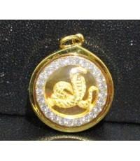 จี้ งู ปีมะเส็ง ล้อมพลอยขาว เลี่ยมทอง18K งานสวย น่ารักมาก นน. 2.28 g
