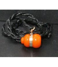 สร้อยคอ เชือกร่ม + จี้ น้ำเต้า ดูดทรัพย์ หลวงพ่อสด วัดปากน้ำ สีส้ม เลี่ยมนาก นน. 3.80 g