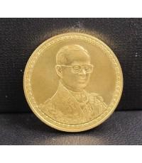 เหรียญทองคำ รัชกาลที่ 9 ฉลองสิริราชสมบัติครบ 60 ปี 9 มิถุนายน 2549 หลังเหรียญ 12000 บาท นน. 15.09 g