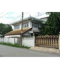 (มีผู้เช่าแล้ว) HOME OFFICE FOR RENT  บ้านเดี่ยวขนาดใหญ่150 ตรว.พื้นที่ 400 ตรม.ใกล้The MALL บางกะปิ