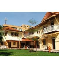 (บ้านเช่าไปแล้ว) บ้านเช่าสาทร / บ้านไม้ให้เช่ากลางกรุงเทพ กว้างขวาง 200 ตรว. บ้านสวย 3 หลัง ใกล้รถไฟ