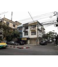 (บ้านเช่าไปแล้ว) ตึกแถวให้เช่าจรัญ13 / ให้เช่าราคาถูกมาก! ทำเลค้าขาย หลังมุมมีที่จอดรถ ติดถนนจรัญ13