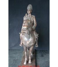 พระบรมรูปหล่อ รัชกาลที่ 5 ทรงม้า ผลงาน อ.วิรัช รอดเรืองงาม สูง 25 นิ้ว สง่างามมาก