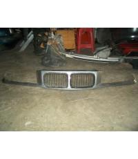 หน้ากระจัง  BMW  E36 ของแท้มือสองพร้อมใช้ค่ะ