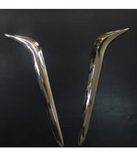 คิ้วเสริมท้ายปีกนก Dmax 2012