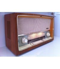 วิทยุหลอดเรือนไม้ สีสักทอง