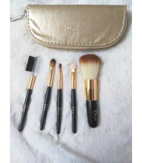 ชุดแปรง Dior 5 ชิ้นพร้อมกระเป๋าหนังสีทองเก็บแปรงแปรง ขนากพกพาสวย ขนสังเคราะห์นิ่มค่ะ