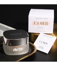 LA MER  แป้งฝุ่น The Powder ขนาด 8 กรัม มีภาพถ่ายจากสินค้าจริงกล่องซีลค่ะกดเข้าดูรายละเอียด
