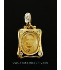 M705-1318 หลวงพ่อทวดเนื้อทองคำ ในกรอบทองกันน้ำ