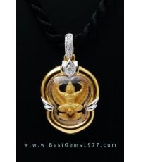 M760-2714 ครุฑทองคำจิ๋ว วัดพุทธวิปัสนาธรรมประเทศฮ่องกง บรรจุกรอบทองฝังเพชร