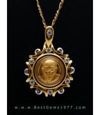 M774-2722 เหรียญเม็ดกระดุมหลวงพ่อทวดองค์ทองแท้ บรรจุในกรอบทองฝังเพชร