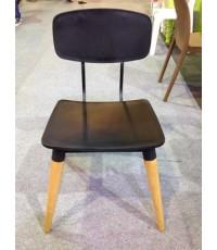 เก้าอี้อาหาร เก้าอี้ร้านกาแฟสไตล์โมเดิร์น เก้าอี้โครงขาไม้ที่นั่งพลาสติกเกรด PP
