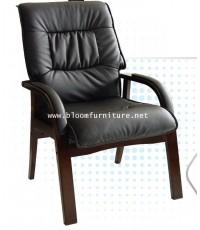เก้าอี้รับรอง เก้าอี้พนักพิงสูง ขาและแขนไม้ เบาะนวมหุ้มหนัง