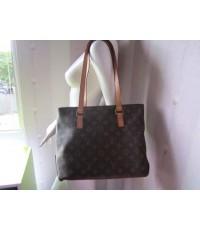 กระเป๋า Louis Vuitton bag (made in France) Paris  ขนาดกว้าง4นิ้ว ยาว12นิ้ว สูง9นิ้ว