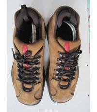 รองเท้า PRADA (made in …)พื้นรองเท้ายาว11.5นิ้ว, ช่องในรองเท้ายาว10.5นิ้ว,ฝ่าเท้ากว้าง4นิ้ว