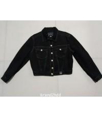 Jacket Jeans VERSACE (ITALY)ไหล่กว้าง16นิ้วไหล่ถึงชายเสื้อ17นิ้วแขนยาว20นิ้วช่วงเอวกว้าง16นิ้ว