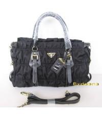 PRADA NYLON  BAG สีดำ