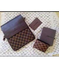 กระเป๋าสะพายเอกสาร Louis Vuitton สก็อตน้ำตาล 8 นิ้ว กับกระเป๋าเงิน