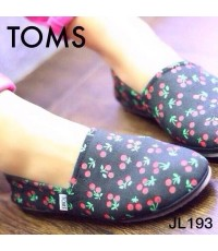 TOMS flat Shoes