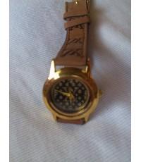 นาฬิกาหลุยส์ Louis Vuitton สายหนังแท้หน้ากลมพื้นดำเรือนเล็ก