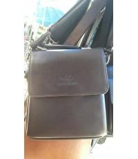 กระเป๋าสะพายข้าง armani  ดำ