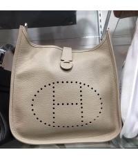 Hermes Evelyne Bag 12 เทาอ่อน