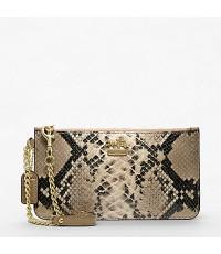 (สั่งได้) กระเป๋า COACH รุ่น : MADISON EMBOSSED PYTHON CHAIN WRISTLET style: F48173