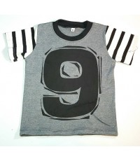 เสื้อยืดสกรีนเลข9 ไซส์ M /6ตัว ราคา 270 บาท ราคาส่ง3แพค/มัด ขึ้นไปคละแบบอื่นได้