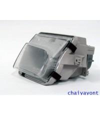 ไฟตัดหมอก ไฟสปอตไลท์ Spot Light ด้านขวารถเบนซ์ Mercedes-Benz W129 SL280 SL320 SL500 SL600  300SL AMG
