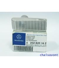 ไฟหรี่ข้างประตูสีขาว รถเบนซ์ OEM Mercedes-Benz W124 E200 E220 E280 E500 E-Class