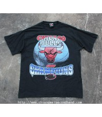 เสื้อยืดผ้าร้อยบาง Chicago Bulls 1996 Champions NBA Final T-Shirt Sz.L Signal Sport Made in U.S.A.