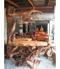 เคาว์เตอร์ ทำมาจากรากไม้สักใหญ่