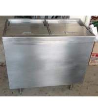 ตู้เก็บน้ำแข็งสแตนเลส ประตูสไลด์ด้านบน แบ่งเป็น 2 ช่อง สามารถผลิตตามขนาด