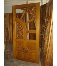 บานประตูบานคู่ แกะลายไทย มีช่องกระจก(8020)