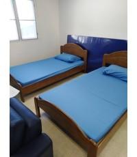 จัดส่งเตียงไม้ยางพารา 3.5 ฟุต สีสัก /DS-RUBBER WOOD-16