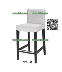 เก้าอี้บาร์ไม้ยางพารา หุ้มเบาะหนังเทียม DPC-142